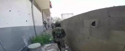 soldier-in-gaza
