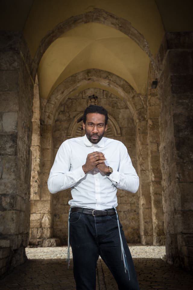 Awesome Pic: Amare Stoudemire Wearing Techeiles